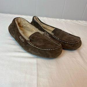 UGG | Size 10z Dark Brown Ansley Loafer